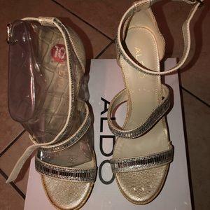 Aldo size 10 tan and golf wedge heels
